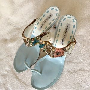 Manolo Blanik sandals embroidered 7.5 blue